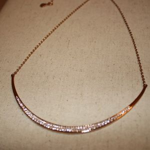 Chloe + Isabel Jewelry - Sparkling Rose' Collar Necklace